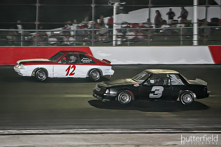 Pro 4 division at Tucson Speedway in Tucson, Arizona - Robert Butterfield from Butterfield Photography